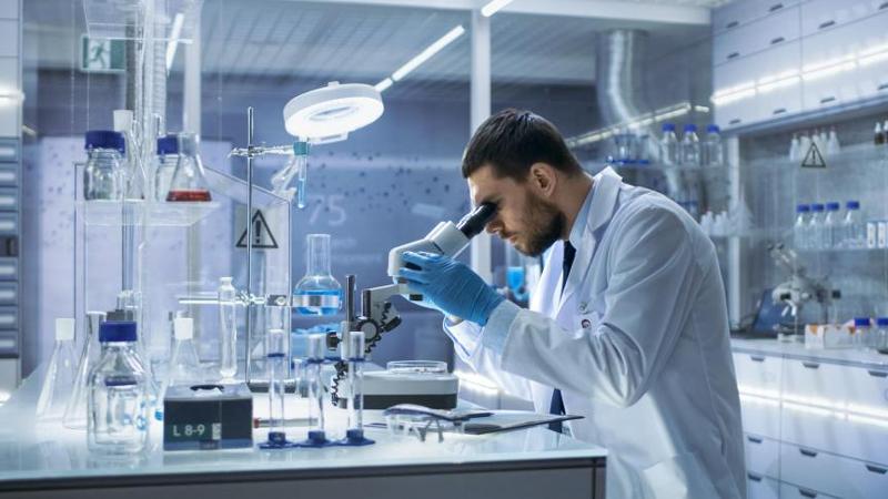 استخدام در آزمایشگاه <<افراد مبتدی>> در نارمک