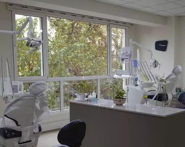 استخدام مدیر داخلی کلینیک دندانپزشکی مدائن