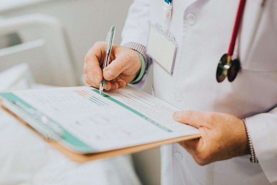 استخدام پزشک عمومی نازی آباد